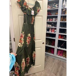 Gorgeous maxi dress nwt xl